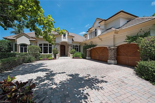 2560 Half Moon Walk, Naples, FL 34102