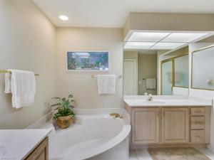 8580 Mystic Greens Way 602, Naples, FL 34113