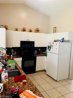 749 Grove Dr, Naples, FL 34120