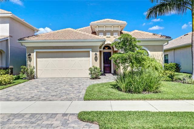 1645 Serrano Cir, Naples, FL 34105
