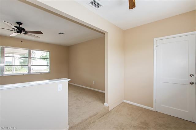 318 Hollywood St, Lehigh Acres, FL 33936