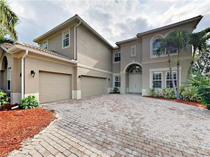 14620 Beaufort Cir, Naples, FL 34119