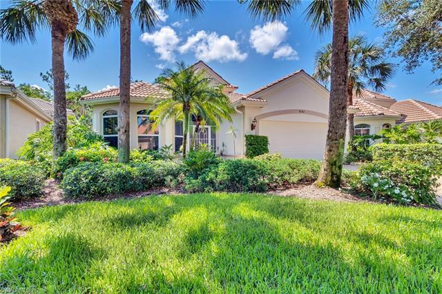 9242 Troon Lakes Dr, Naples, FL 34109