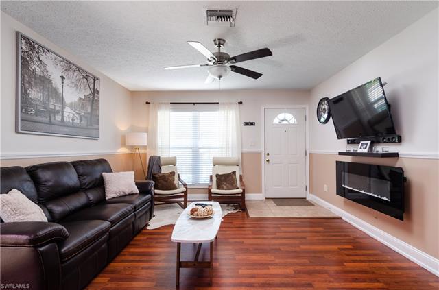 170 Leawood Cir, Naples, FL 34104