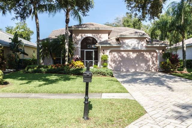 2256 Heritage Greens Dr, Naples, FL 34119