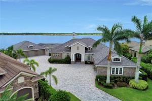 9337 Granite Ct, Naples, FL 34120