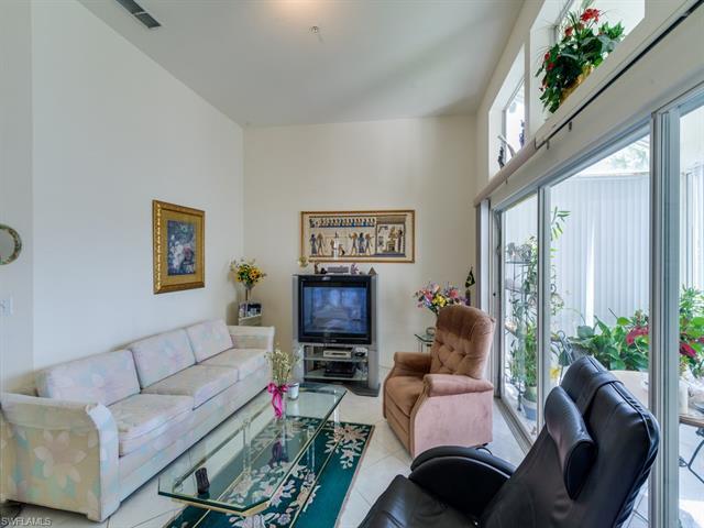 2864 Mizzen Way Y-206, Naples, FL 34109