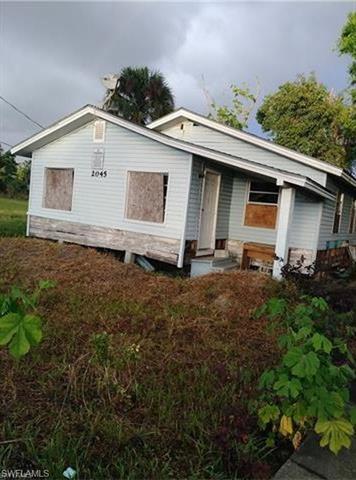 2045 Carver Ave, Fort Myers, FL 33916