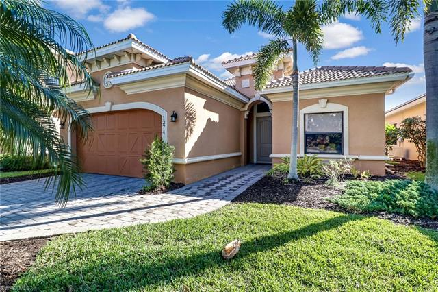 1374 Serrano Cir, Naples, FL 34105