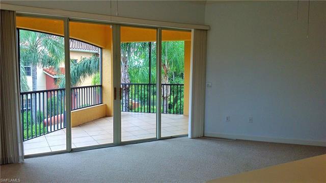 8701 Piazza Del Lago Cir 202, Estero, FL 33928