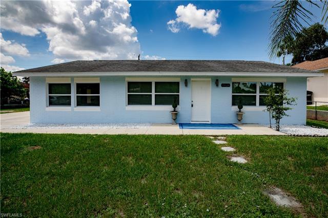 11634 Mckenna Ave, Bonita Springs, FL 34135