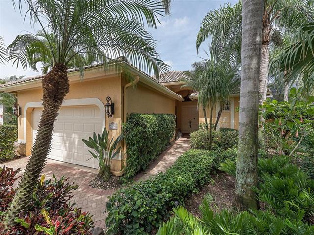 25091 Pinewater Cove Ln, Bonita Springs, FL 34134