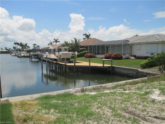 1070 Cara Ct W, Marco Island, FL 34145