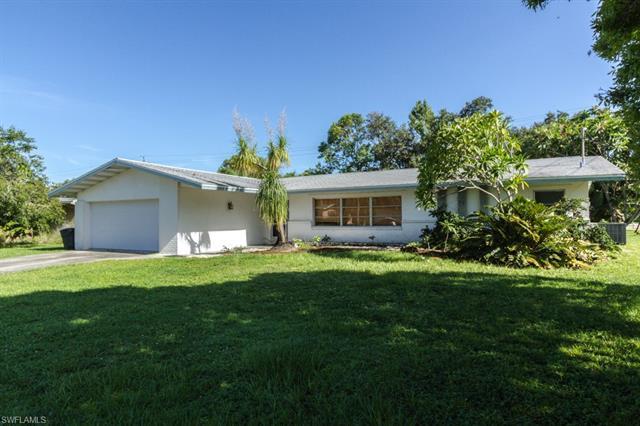 1571 Ricardo Ave, Fort Myers, FL 33901