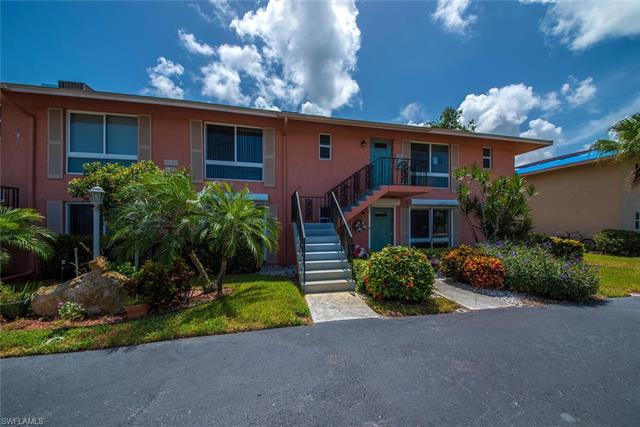 195 Harrison Rd 2, Naples, FL 34112