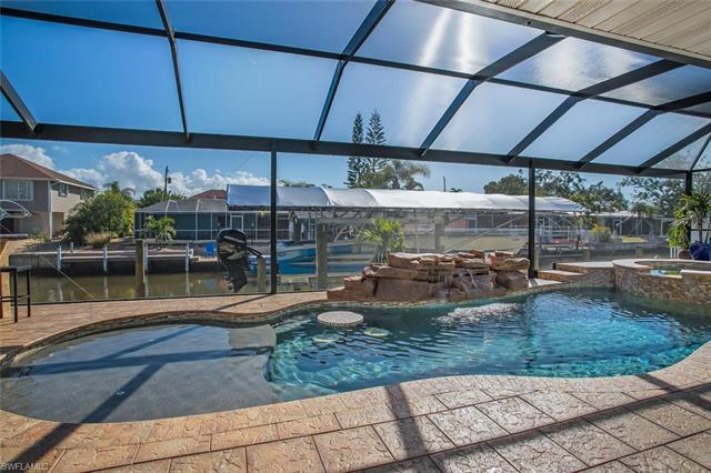 400 Donora Blvd, Fort Myers Beach, FL 33931