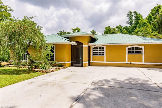 3861 17th Ave Sw, Naples, FL 34117