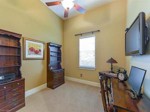 5939 Barclay Ln, Naples, FL 34110