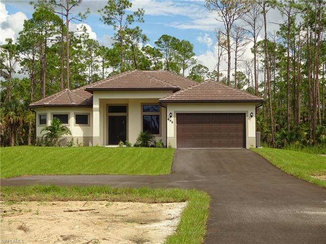 646 9th St Sw, Naples, FL 34117