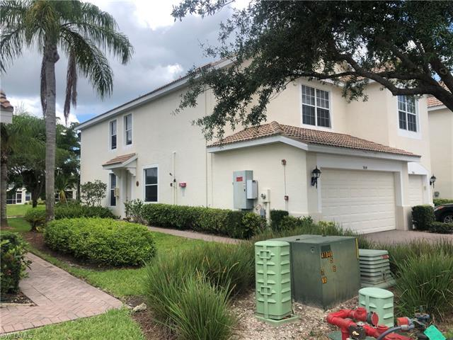 984 Hampton Cir, Naples, FL 34105
