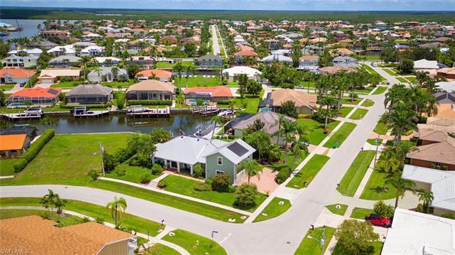 1767 Hummingbird Ct, Marco Island, FL 34145
