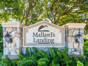 8429 Mallards Way, Naples, FL 34114