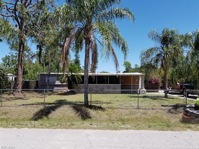8199 Sevigny Dr, North Fort Myers, FL 33917