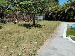 8199 Sevigny Dr, North Fort Myers, FL 33917