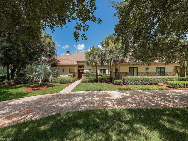 4602 Oak Leaf Dr, Naples, FL 34119