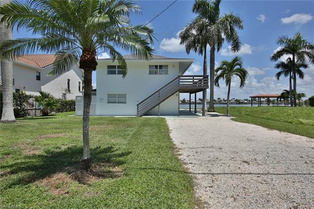 31 Pelican St, Naples, FL 34113