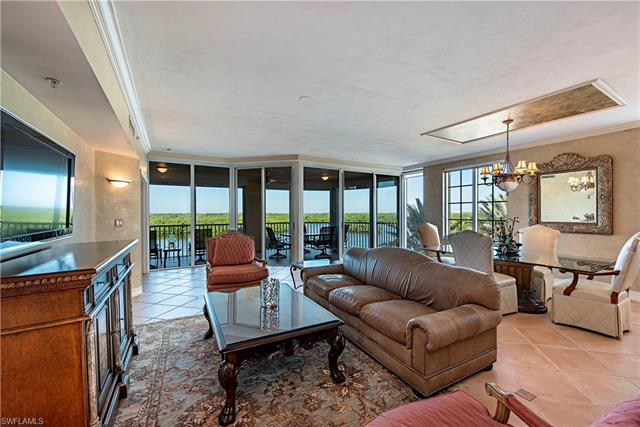 435 Dockside Dr 404, Naples, FL 34110