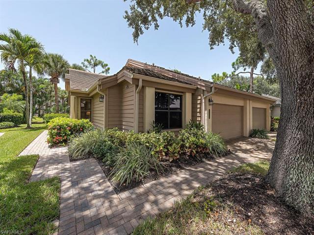27130 Kindlewood Ln, Bonita Springs, FL 34134