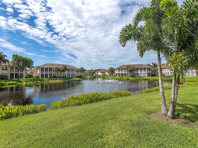 1000 Lambiance Cir 106, Naples, FL 34108
