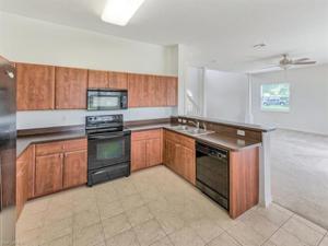2591 Keystone Lake Dr, Cape Coral, FL 33909