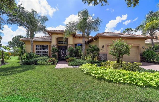 8878 Pinto Ct, Naples, FL 34113