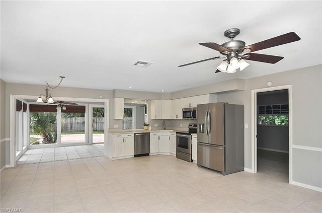 134 2nd St, Bonita Springs, FL 34134