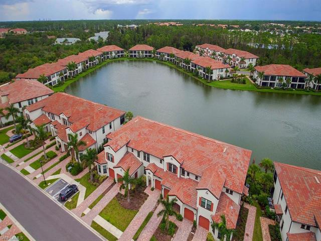 15153 Palmer Lake Cir 202, Naples, FL 34109