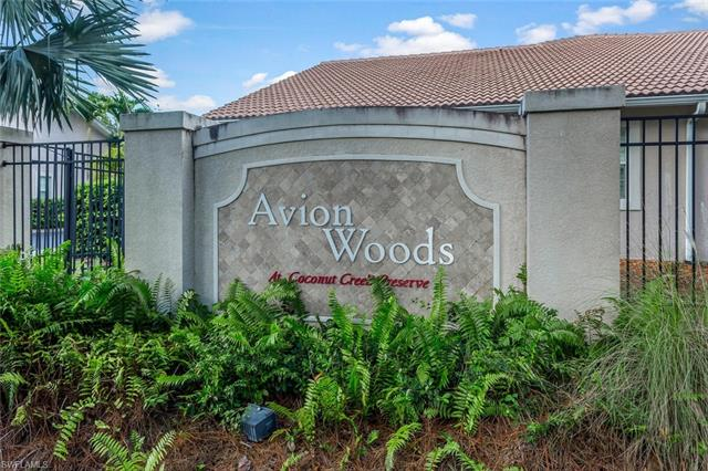 3555 Avion Woods Ct 504, Naples, FL 34104