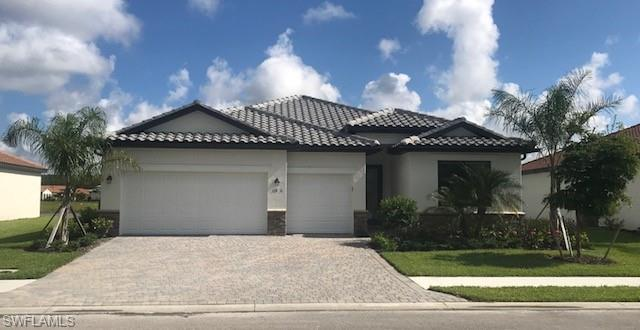 11890 White Stone Dr, Fort Myers, FL 33913