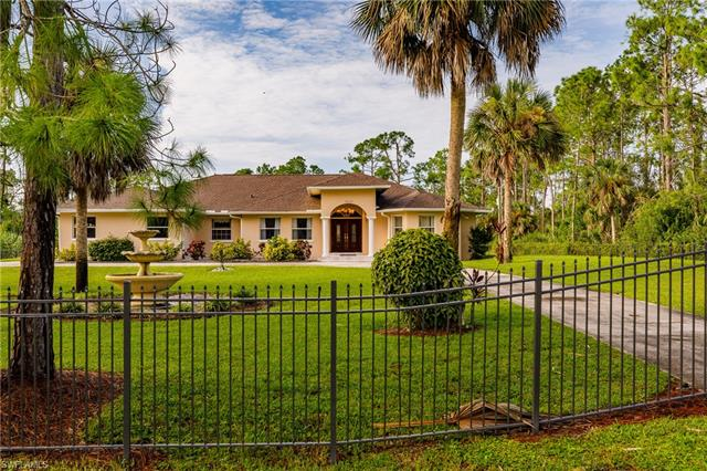 2020 Jung Blvd E Naples Fl 34120 Mls 218055705