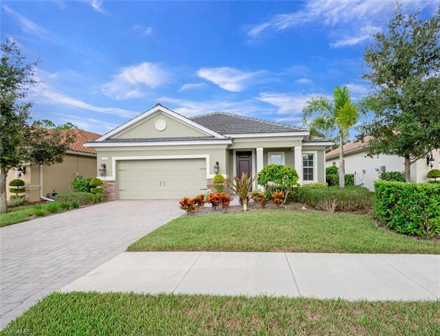 3635 Canopy Cir, Naples, FL 34120
