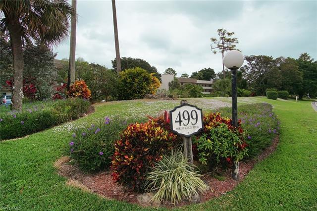 499 Forest Lakes Blvd 2-208, Naples, FL 34105