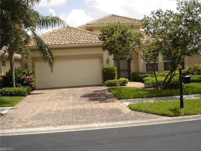6802 Bent Grass Dr, Naples, FL 34113