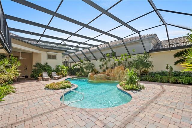 1028 Grand Isle Dr, Naples, FL 34108