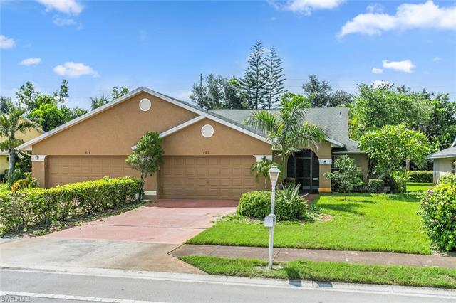 422 Saint Andrews Blvd, Naples, FL 34113