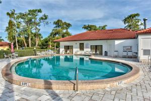 1057 Forest Lakes Dr 1307, Naples, FL 34105