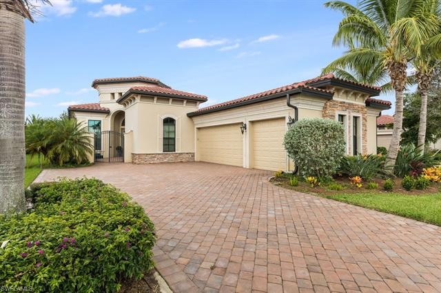 9313 Vercelli Ct, Naples, FL 34113