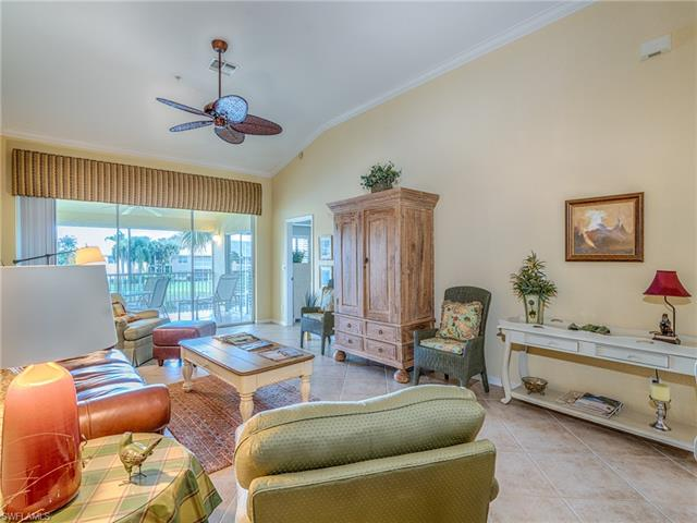 2230 Chesterbrook Ct 202, Naples, FL 34109