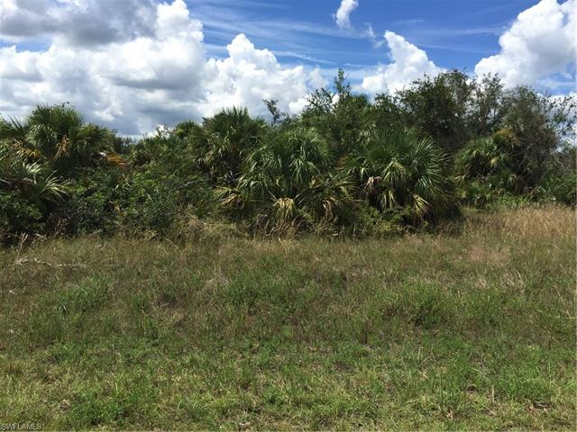 1713 Scott Ave, Lehigh Acres, FL 33972