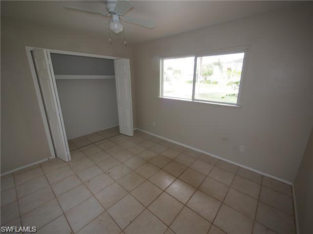 524-528 103rd Ave N, Naples, FL 34108